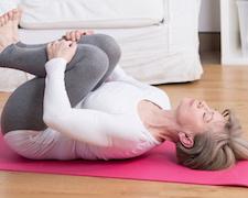 Különleges élmény testnek és léleknek: jóga 50 felett