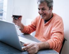 Társkeresés és a korona: végre eljött az online randik ideje!
