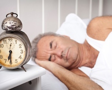 Tényleg kevesebb alvásra van szükség ötven felett?